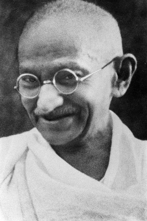LL 2 Portrait_Gandhi